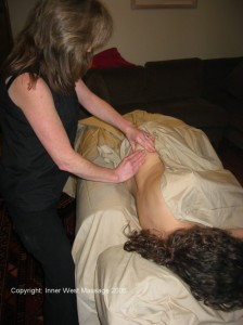 Pregnancy massage in side-lying position
